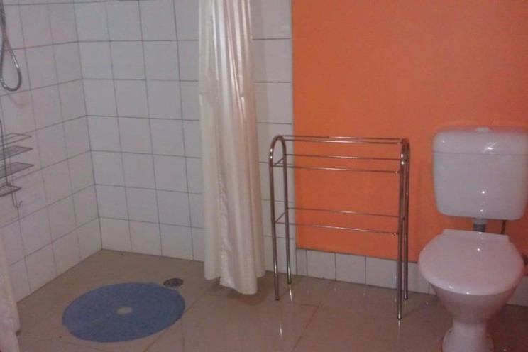 Fryerstown bathroom facilities